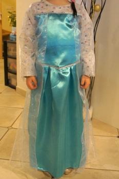 La robe est terminée: vue de devant