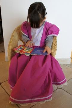 Ma petite princesse dans sa robe