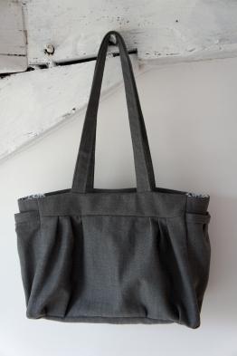 Le sac gris